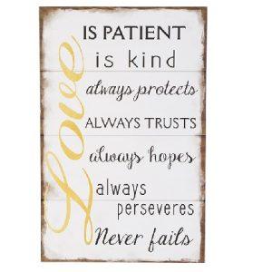 wandbord Love is patient